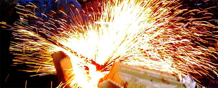 Schrott und Eisen schneiden, Demontage und Brennarbeiten